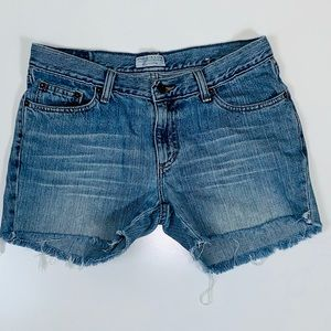 ~American Eagle Outfitters~ Size 6, Jean Shorts.